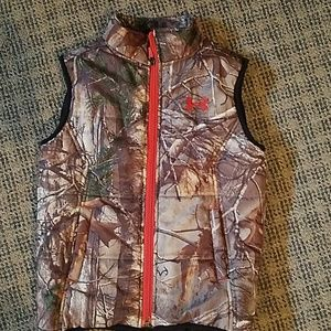 Under Armour puffer Vests sz 5